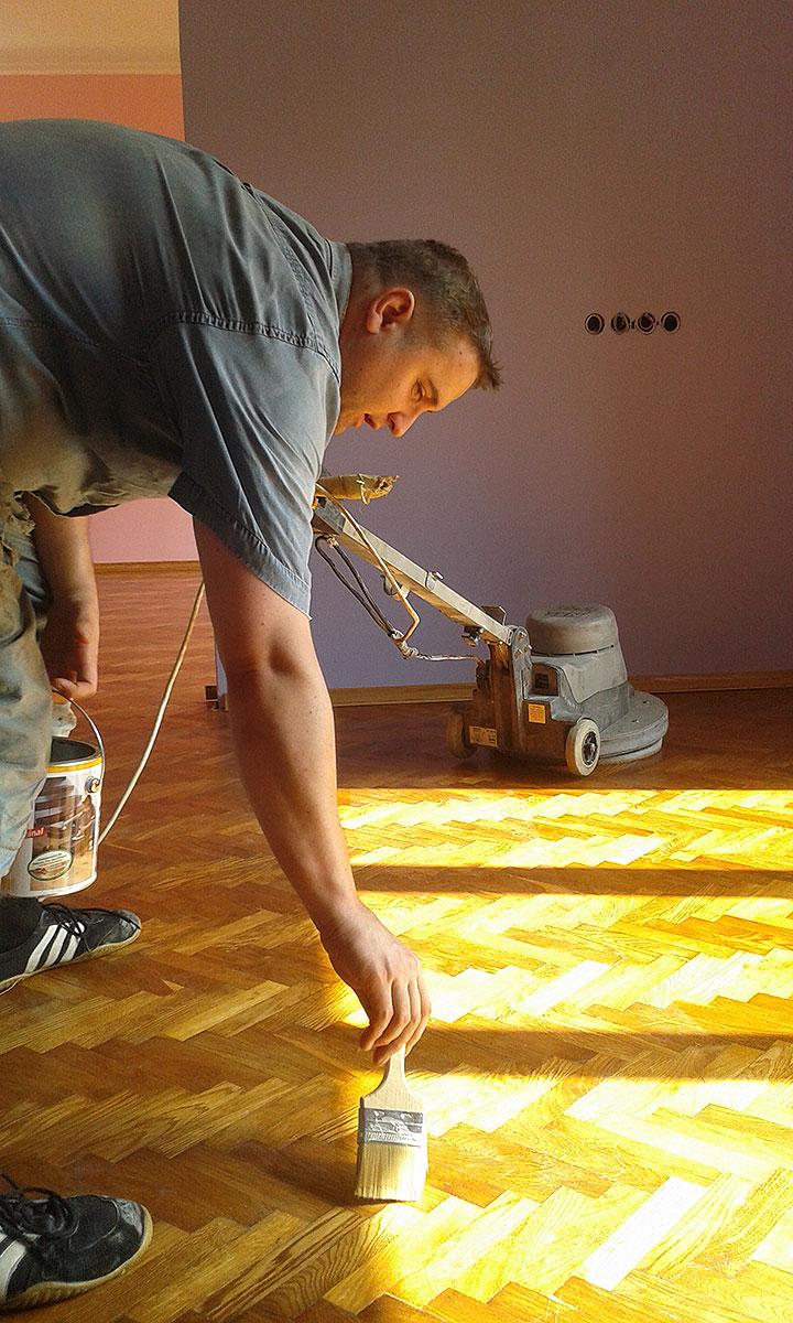 Polishing flooring